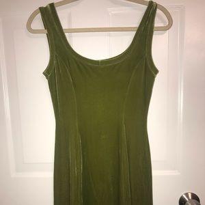 BCBG GREEN VELVET DRESS